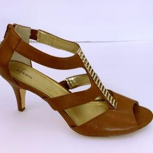 Style & Co Brown Strappy Brown Gold Trim Heels 11M
